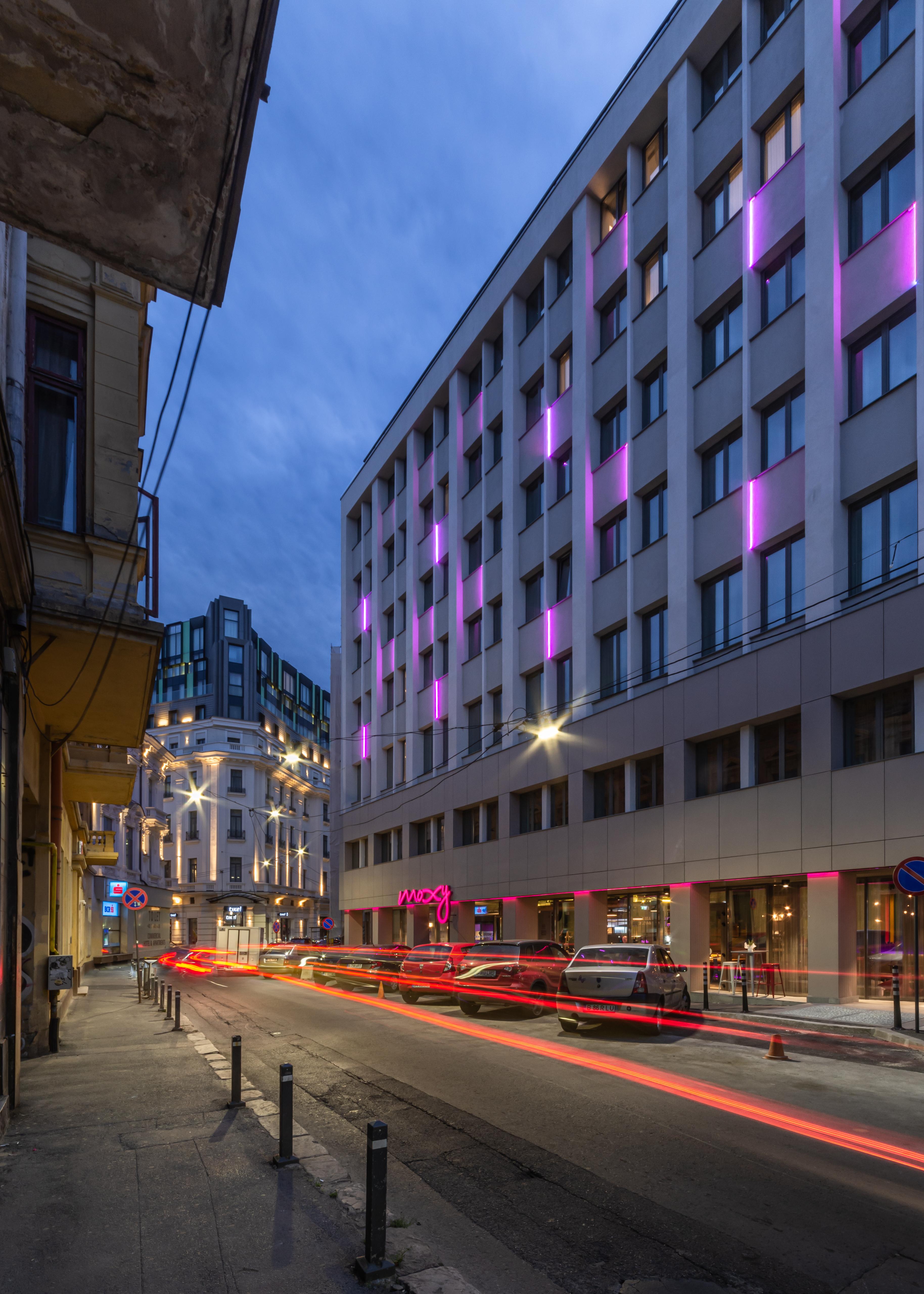 Hotel Moxy cover